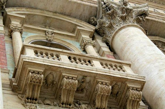 Janela em Roma, São Pedro. Italia.