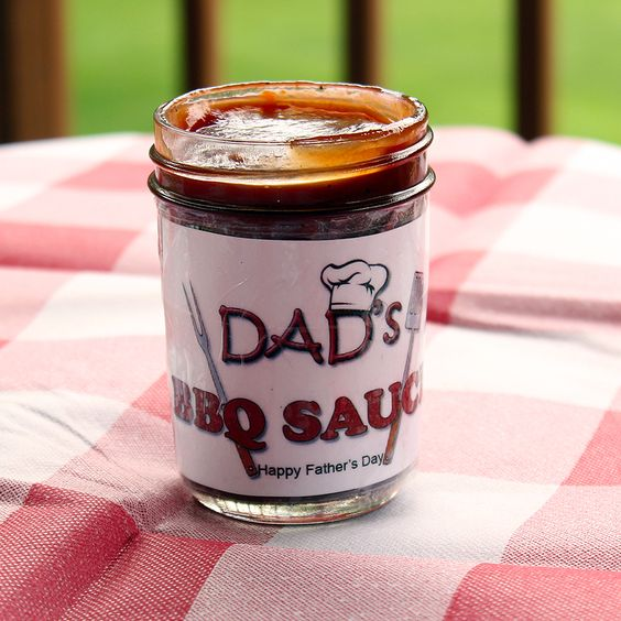 Homemade BBQ Sauce for Fathers Daywith free printable label