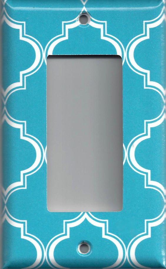 Bright Blue and White Quatrefoil Lattice Light Switchplates & Outlet Covers