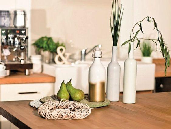DIY-Anleitung: Dip-Dye-Glasflaschen gestalten via DaWanda.com