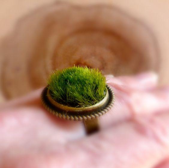Botanische ring cadeau natuur geïnspireerd ring natuur ring cadeau groene natuur ring natuur boho ring groen gras ring verstelbaar messing ring door FlowerGiftByNature op Etsy https://www.etsy.com/nl/listing/287207669/botanische-ring-cadeau-natuur