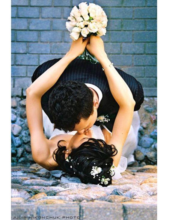 Trompe l 39 oeil mariage 10 id es de photos de couple originales toile - Idees mariages originales ...