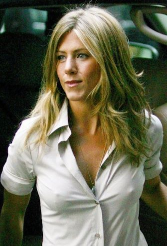 Jennifer Anniston S Tits 64