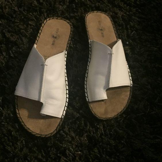 Duck Head shoes NWOT duck head sandals. Duck Head  Shoes Sandals
