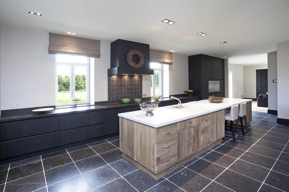 Modern rustiek door franssen keukens kitchendreams pinterest doors loft for Deco moderne keuken