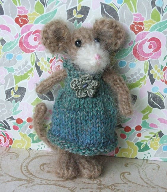 Mouse Knit Pattern Pinterest Mice, Knit patterns and Knits