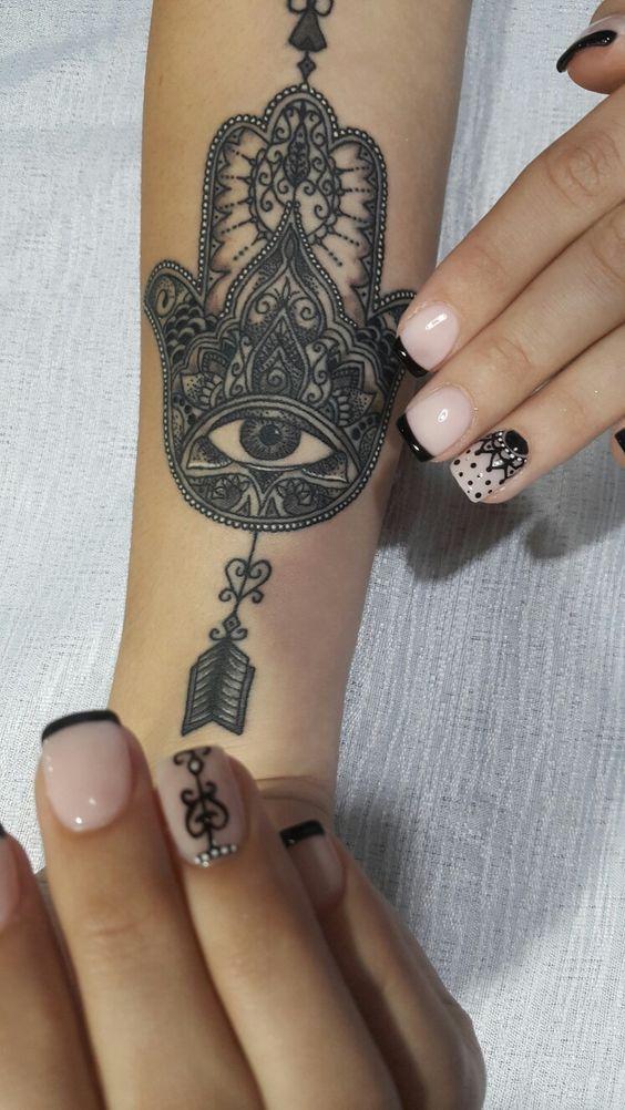 #nailsgel #nails #nailart #design #arte #diseño #modafeminina #manoalzada #tatoo #personalizada #nails #gel #uñasdecoradas #nailart #nailpolish #black #buenosaires #argentina