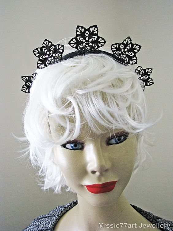 Elsa Snowflake Jet Black Metal Lace Winter by Missie77artJewellery