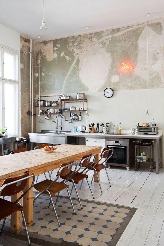 業務用キッチン 作業台 シンプル テーブル コーディネート例