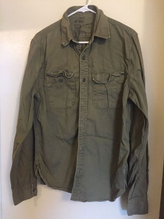 Abercrombie & Fitch (L) AF1892  Distressed Army Shirt