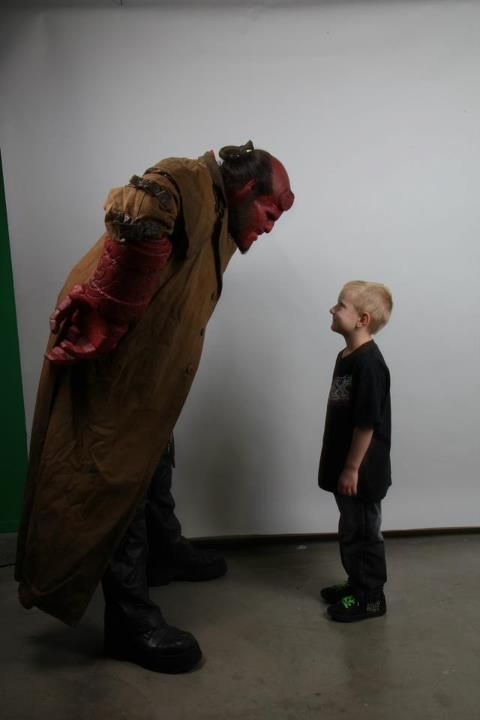 A true hero - Ron Perlman puts on the Hellboy make-up again for Make-A-Wish.