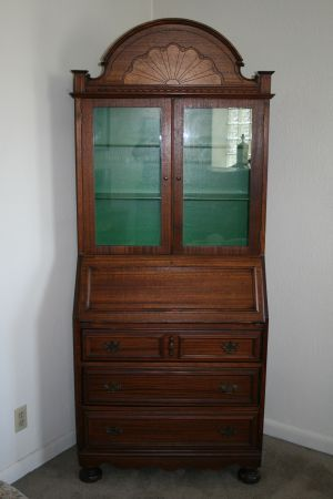 Need to paint the inside of my cabinet in the bedroom