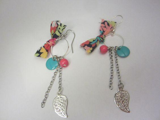Boucles d'oreilles pop sequin noeud liberty et feuille : Boucles d'oreille par…