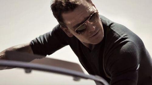 Michael Fassbender-smokin'hot