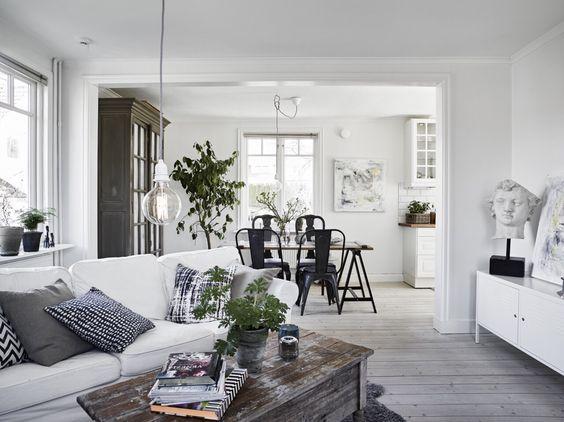 Furniture arrangement