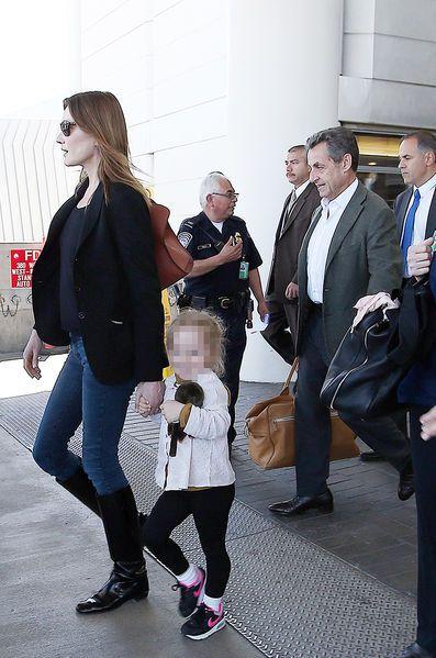 Nicolas Sarkozy et Carla Bruni, en vacances à Los Angeles                                                                                                                                                      Plus