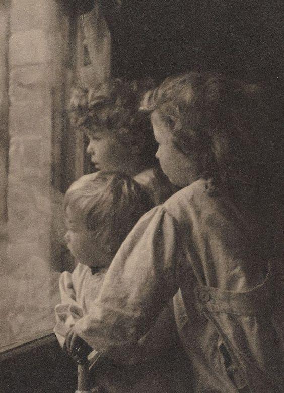 """Harold Cazneaux """"The Outlook"""" 1911"""