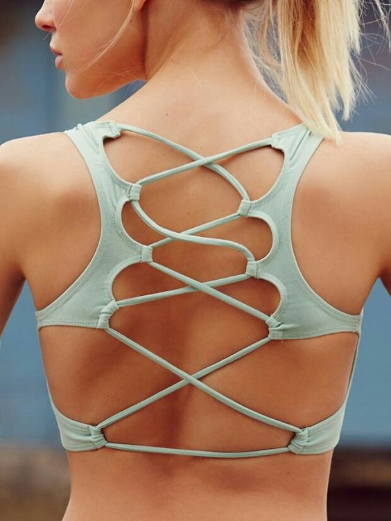 It's okay to risk weird tan lines when the sports bra is this cool: http://t.co/4xcn2cyV5g http://t.co/eItBk6LkQ1