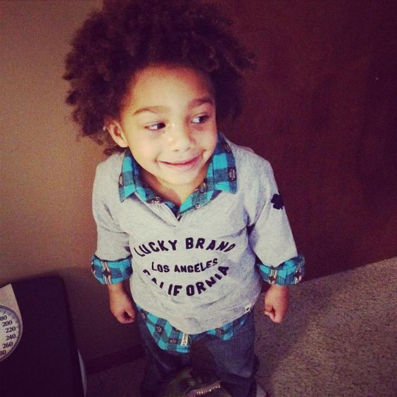 How adorable is this little curly boy? Check out what his aunt had to say about Mixed Chicks and keeping his curls looking cute!