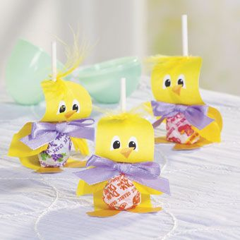 Chick Lollipop Craft Idea | This easy Easter craft for kids is ...