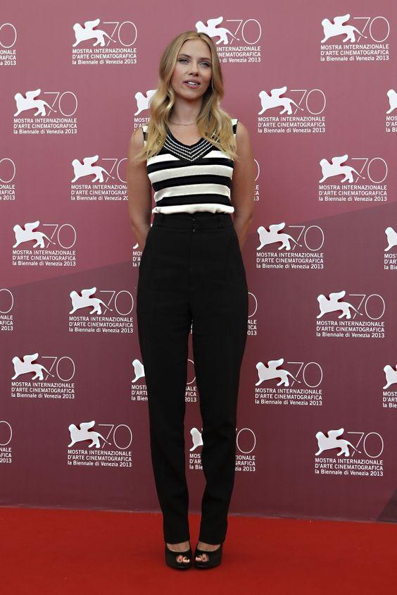 Scarlett Johansson: proof high waisted pants can work on ...