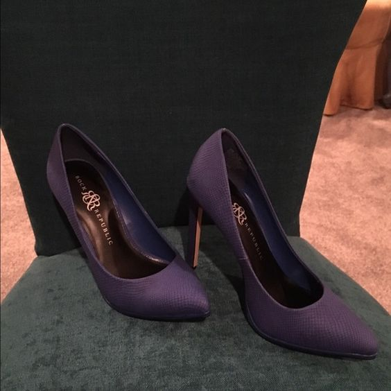 Rock and republic heels These are amazing! Royal blue heels! Bought from another posher but to big! In new used condition! Rock & Republic Shoes Heels