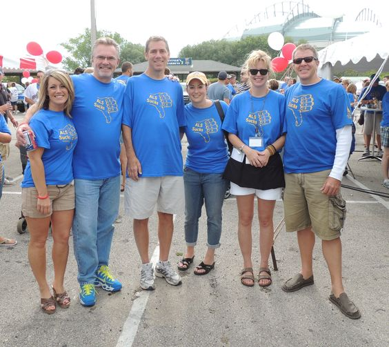 Supporters at the Chasing a Cure Tailgate event outside Miller Park in Milwaukee. Image courtesy of The ALS Association Wisconsin Chapter.