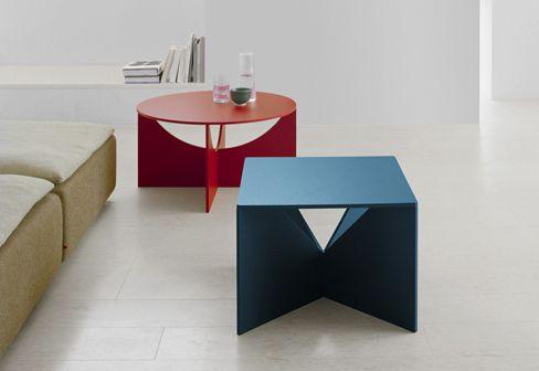 FK04 CALVERT is from a series of coffee tables, designed in 1951 by Ferdinand Kramer #e15 #FK04 #CALVERT