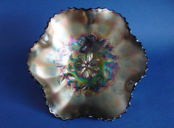 Dugan Amethyst Carnival Glass 'Cosmos Variant' Bowl