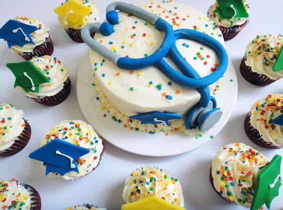 Medical School Graduation Cake & Cupcakes