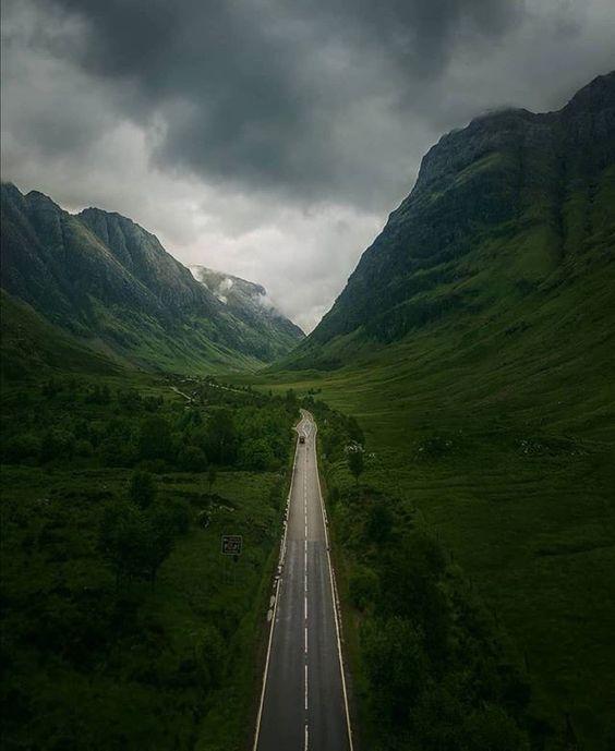 """Scotland BDM on Instagram: """"Stunning!⠀ .⠀ .⠀ .⠀ 📷 @hudsonmartinsribeiro ⠀ .⠀ .⠀ .⠀ #glencoe #glencoescotland #glencoemountain #scotland #scotland_insta #scotland_ig…"""""""