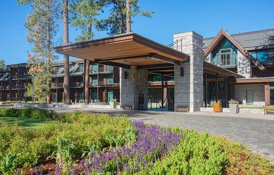 Lake Tahoe Resorts Christmas 2021 Pin On Lake Tahoe