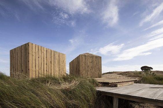 Cabañas diminutas construidas a partir de madera reciclada 100 por ciento - Noticias de Arquitectura - Buscador de Arquitectura
