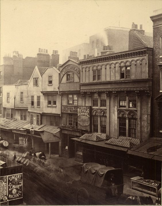 See the lovely sewing poster bottom left. Mass Jewish settlement in Spitalfields combines with the invention of the sewing machine to launch the mechanized clothing trade – and introduces bagels to the area.