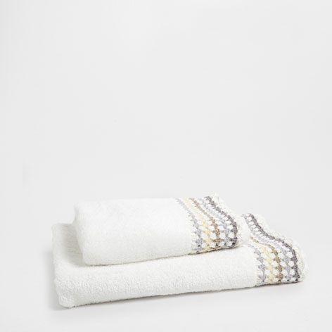 Toalla multi crochet toallas ba o zara home espa a for Zara home toallas bano