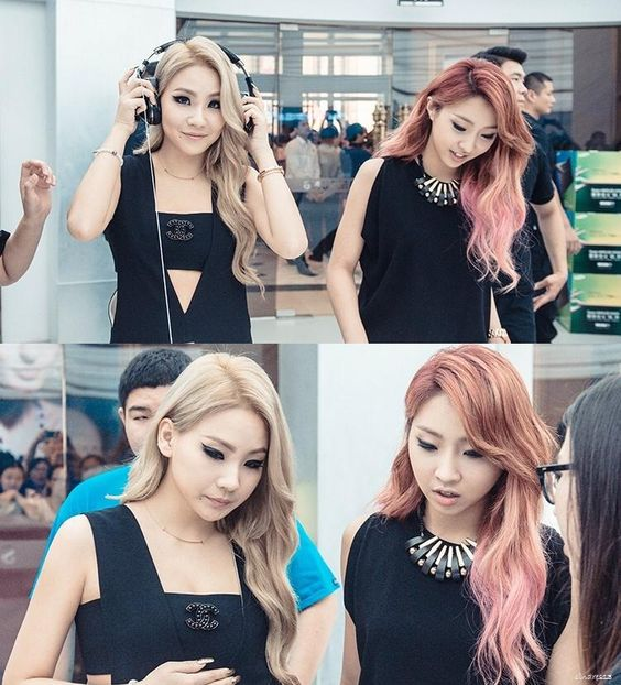 2NE1 CL & Minzy at Samsung Store in Shanghai | totally love minzy's hair
