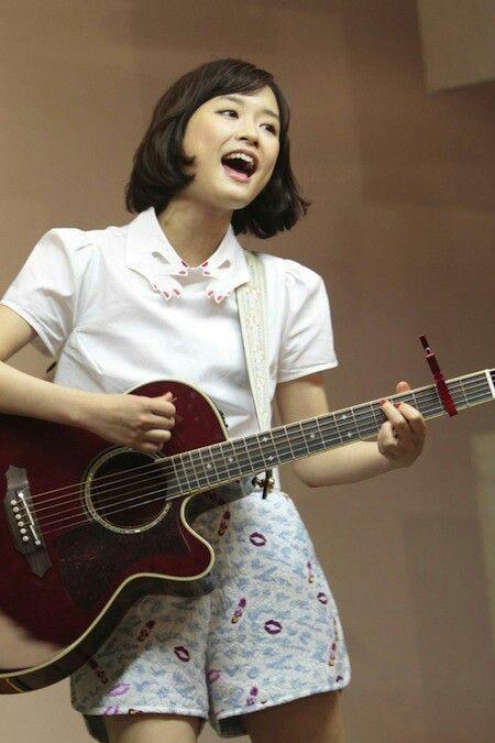歌う大原櫻子
