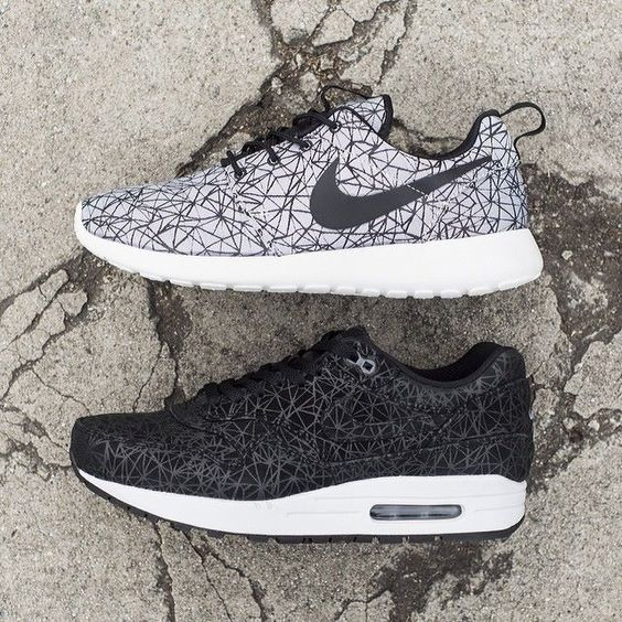 site nike free - Nike Roshe Run GPX and Air Max 1 - Order Online at the Nike Store ...
