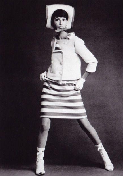 Simone d'Aillencourt in André Courreges, 1965