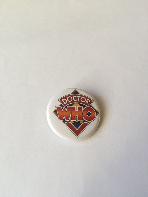 Doctor Who 1974-1980 Inspired Logo Pin/Pinback Button by GeektasticCreations on Etsy https://www.etsy.com/listing/259405500/doctor-who-1974-1980-inspired-logo