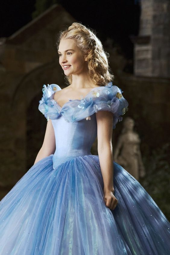 "Why Lily James Is ""Actively Seeking Characters That Are Different"" From Cinderella"