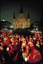 Join in a truly moving annual tradition as Jackson Square brims with thousands of candlelit faces and song-lit spirits as high as the spires of the St. Louis Cathedral.  Candles and song sheets provided. Gates open at 6:30 p.m., and Caroling begins at 7:00 p.m. Sunday, December 21st in 2014