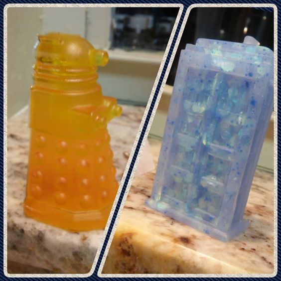 DIY  Resin Dr.Who Figures (using Dr.Who ice mold)