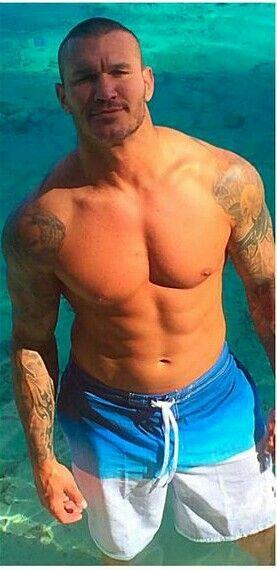 Randy Orton on the beach <3