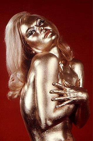 Shirley Eaton painted gold as Bond girl Jill Masterson in 'Goldfinger'