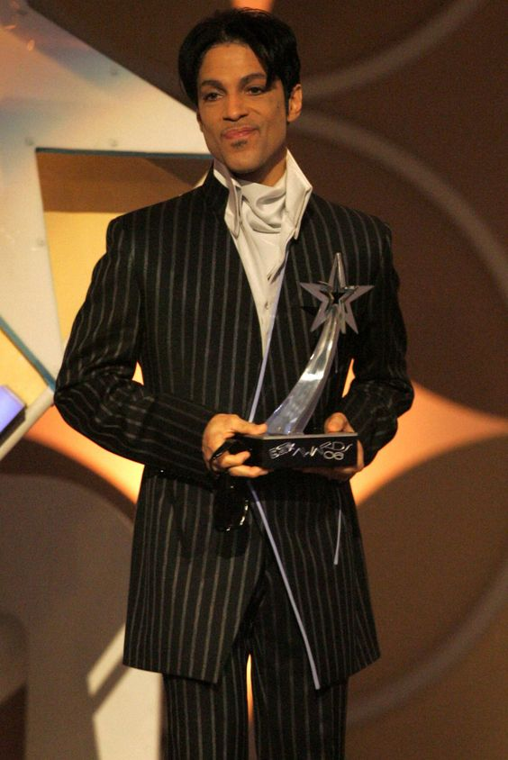 Prince, June 27, 2006 Where: Accepting the award for Best Male R&B Artist onstage at the BET Awards.
