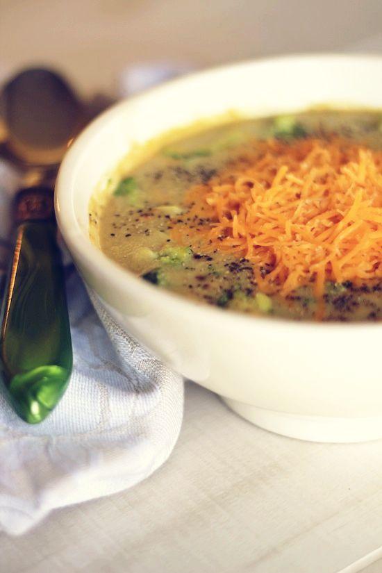 Easy healthy Cheesy Broccoli Soup=70 calories per 1 cup