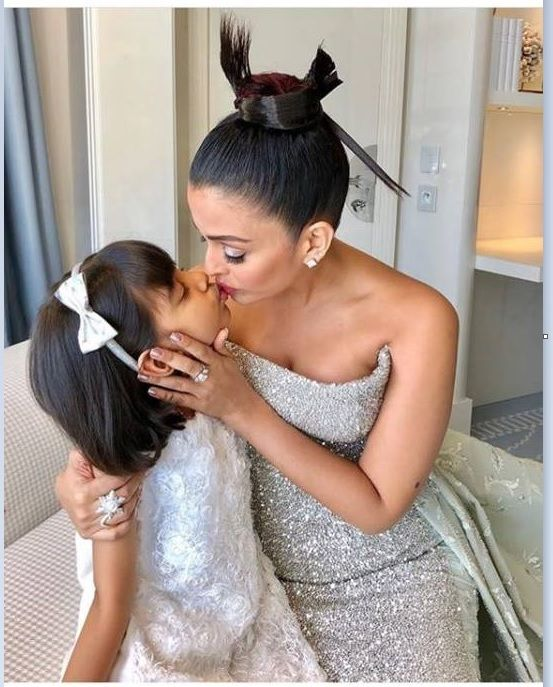 Aishwarya Rai Bachchan Trolled For Kissing Her Daughter On Lips