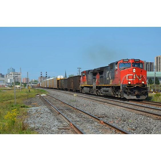 Following East behind CN M398 is CN M384. Originally we headed to London East to shoot CN L509 however a suprisingly later M384 calls in over the scanner and heads through the Jct on the North track. ----------------------------------------------------------------------------------- Train ID: CN M384 Power: #CN2568 (C44-9W) and #CN2640 (C44-9W) Subdivision: CN Dundas Sub  Location: London ON  Date: 08/13/15 Hashtags: #trains #train_nerds #trains_worldwide #railfan #rail_barons #rsa_theyards…