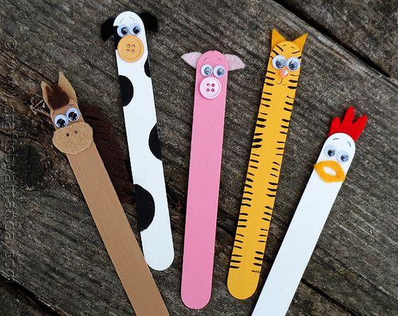 Manualidades para niños: marcapáginas con palitos de helado